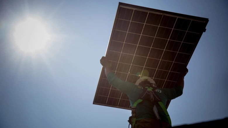 'Cowboys': Victorians warned as solar scammers ride into town